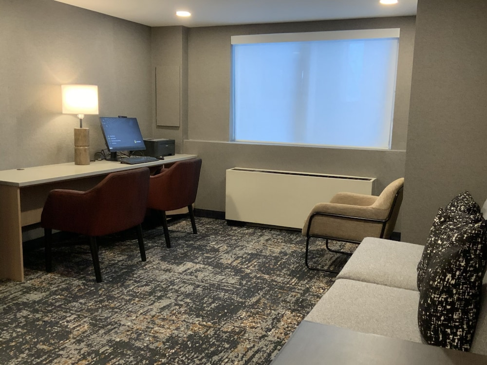 Business Center, Hyatt Place Fairbanks