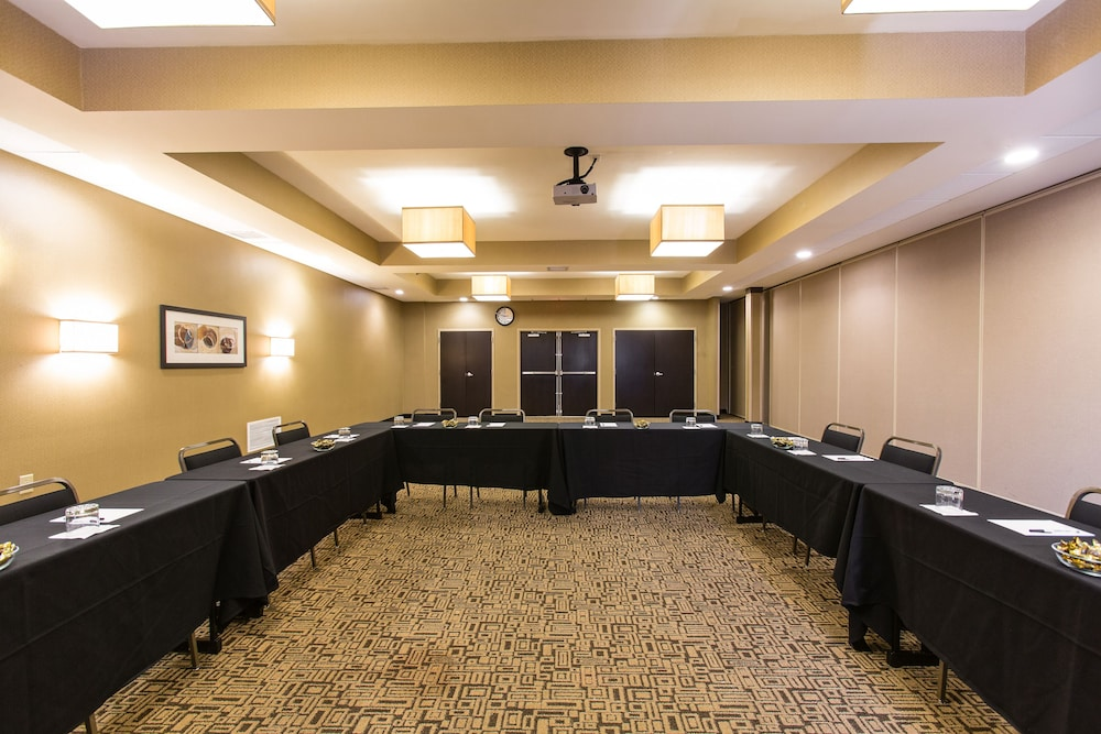 Meeting Facility, Cambria Hotel Minneapolis Maple Grove