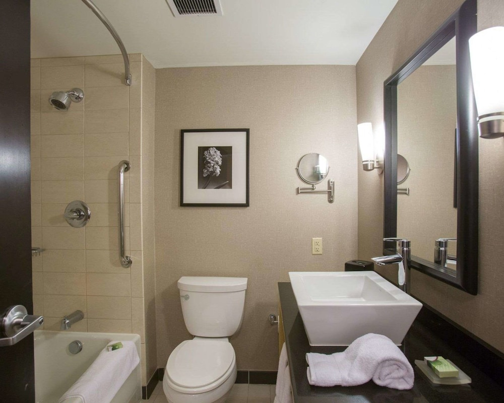 Bathroom, Cambria Hotel Minneapolis Maple Grove