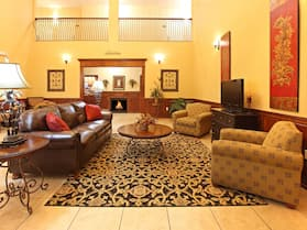 Holiday Inn Express Hotel & Suites Clarksville, an IHG Hotel