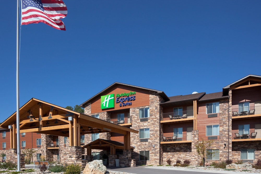 Exterior, Holiday Inn Express Hotel & Suites Custer, an IHG Hotel