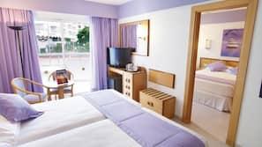 Minibar y ropa de cama
