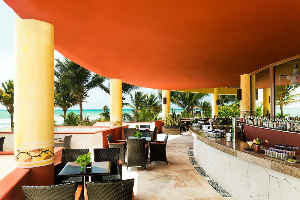 Outdoor Dining, Azul Beach Resort Riviera Cancun, Gourmet All Inclusive by Karisma