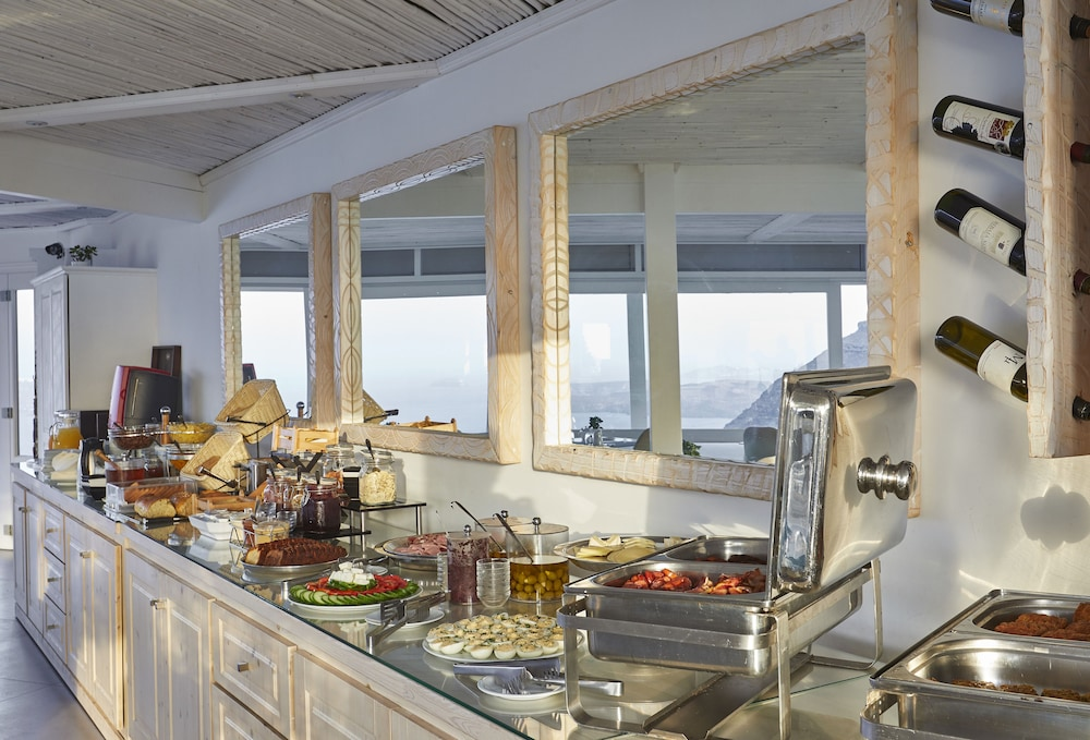 Breakfast buffet, Santorini Princess Luxury Spa Hotel