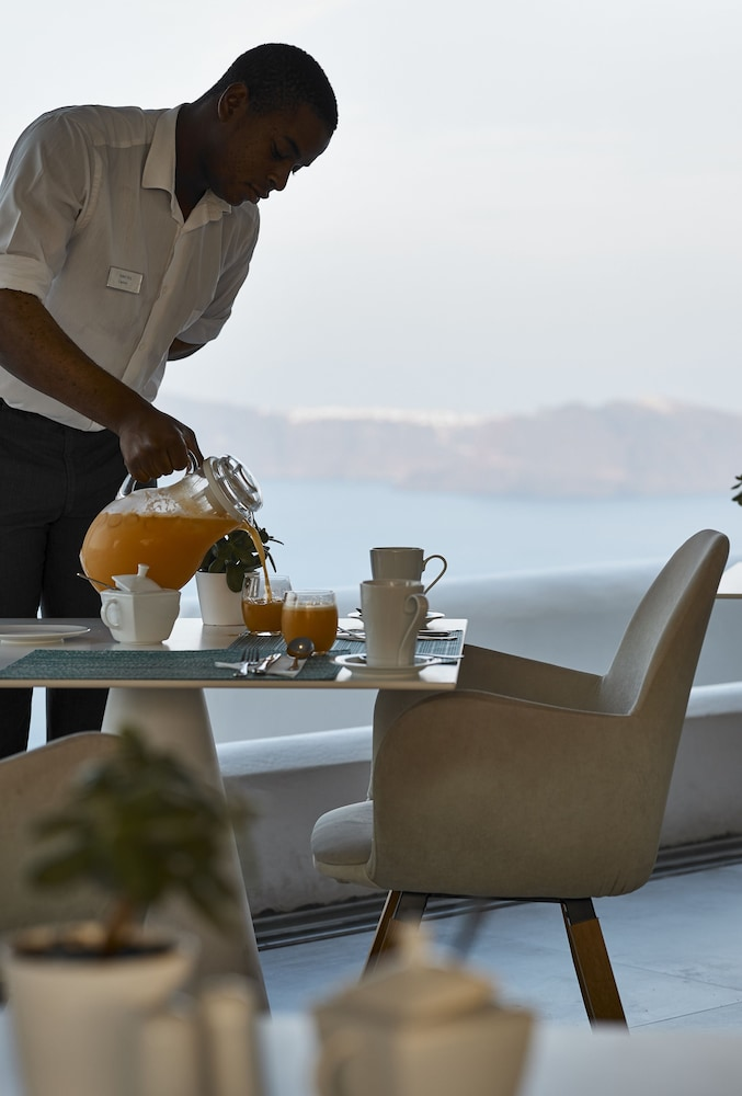 Breakfast Area, Santorini Princess Luxury Spa Hotel