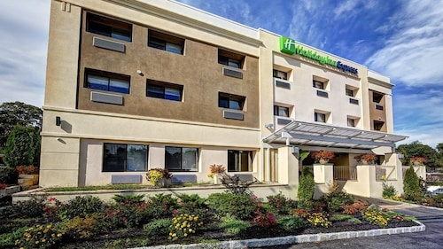 Holiday Inn Express Roslyn - Manhasset Area