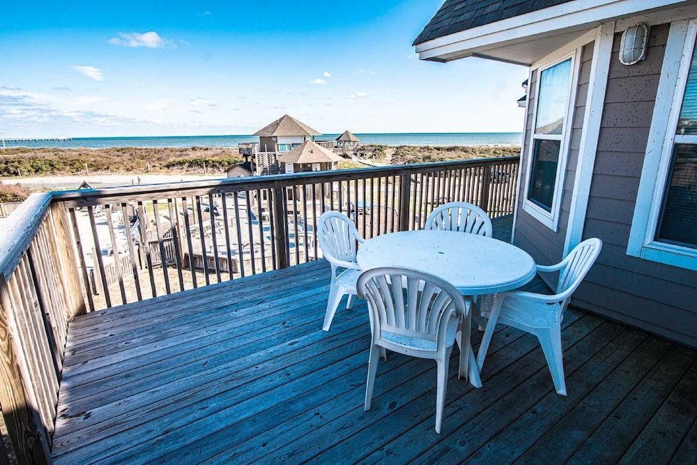 Terrace/Patio, Barrier Island Station, a VRI resort