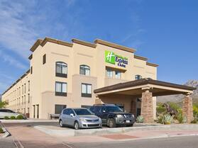 Holiday Inn Express And Suites Oro Valley - Tucson North, an IHG Hotel