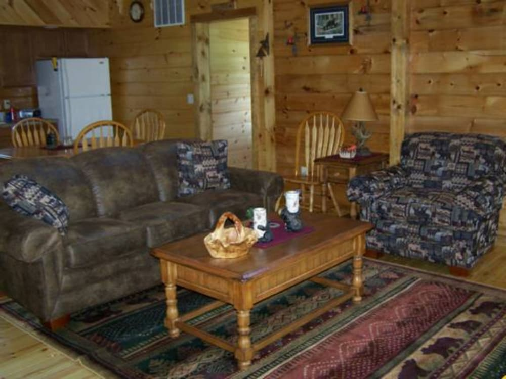 Lobby Sitting Area, Bear Grove Cabins