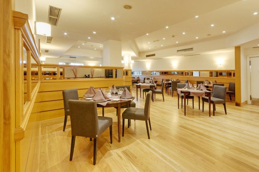 マドリード ヘタフェ ロス アンヘレス ホテルTRYP Madrid Getafe Los Angeles Hotel高級クラスユーザー評価