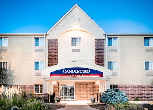 Candlewood Suites Kenosha, an IHG Hotel