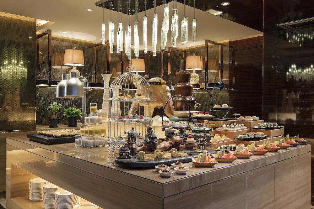 Breakfast buffet, Hilton Xiamen