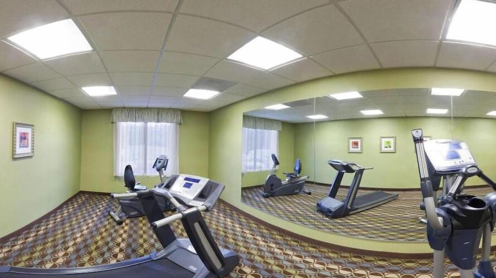 Fitness Facility, Holiday Inn Express & Suites - Thornburg, S. Fredericksburg, an IHG Hotel
