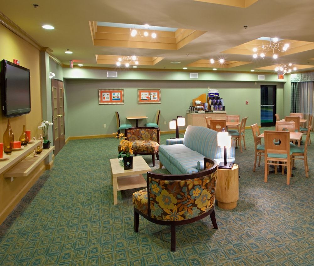 Featured Image, Holiday Inn Express & Suites - Thornburg, S. Fredericksburg, an IHG Hotel