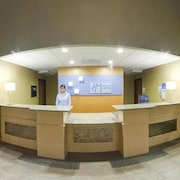 Holiday Inn Express & Suites - Thornburg, S. Fredericksburg