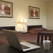 Travel Inn & Suites Innisfail