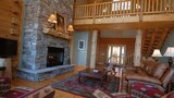 Brown Bear - 3 Br cabin by RedAwning - Bryson City Hotels