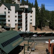 Perfect SKI In-ski OUT Vacation Condo @ Heavenly