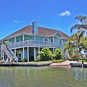Best View Waterfront Home -premier Fishing-beach & Pool Close