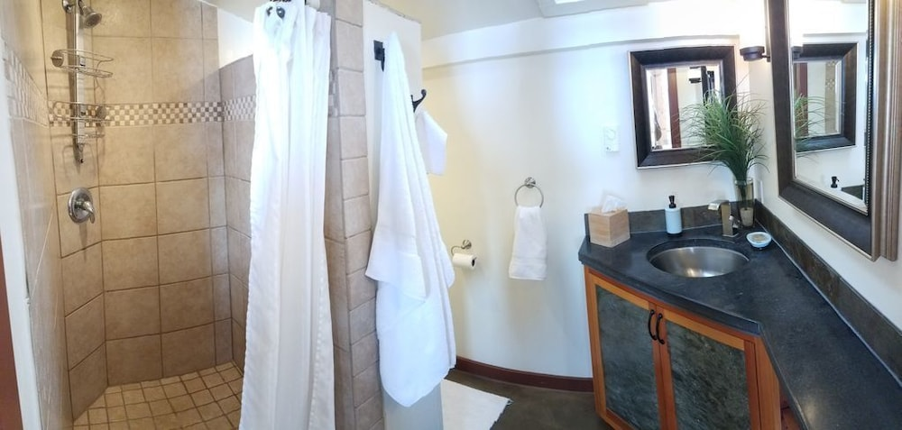 Bathroom, Cozy Timber Frame Cabin with Private Hot Tub and Amazing Views!