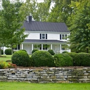 Stonewall Crossing: Historic Property on the Shenandoah River