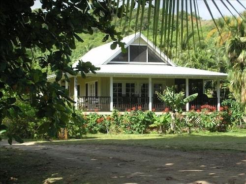 Beautiful Plumeria Cottage-anini Beach Plantation Style Home ...
