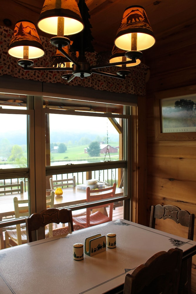 Private Kitchen, 'it's Five O' Clock Here,' HOT Tub, Waterfront, Facing the Blue Ridge Parkway