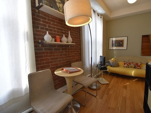 North End Boston, Lovely 1 Br, 1 Ba, On 2nd Floor