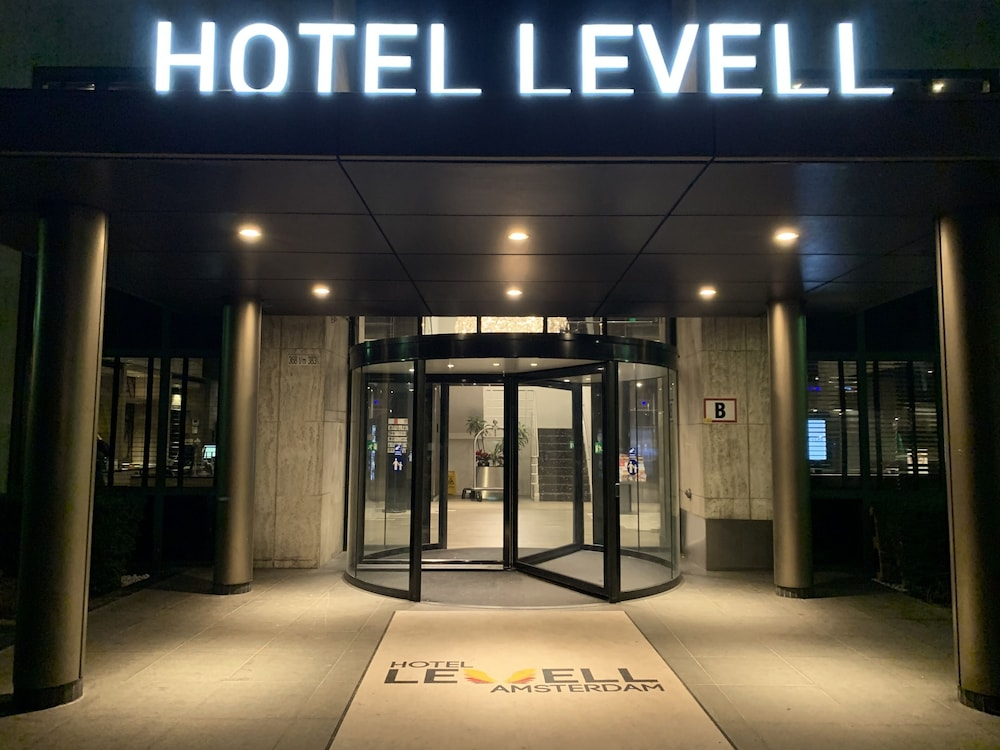 Front of Property - Evening/Night, Hotel Levell
