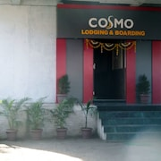 Hotel Cosmo Lodging