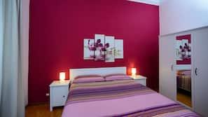 Biancheria da letto di alta qualità, culle/letti per bambini (gratuiti)