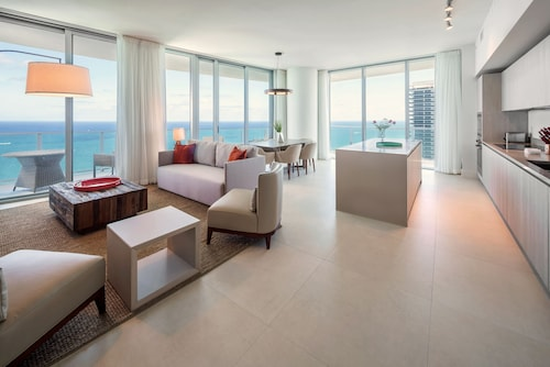 HB Miami Vacation Rentals (USA 19015588 5.0) photo
