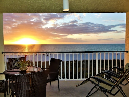 Beachfront Condo With 2019 Updates, Full Panoramic View and Many Extras