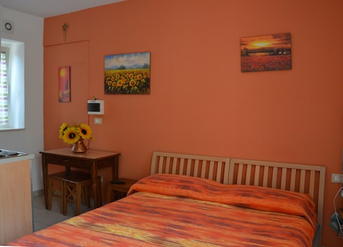 Experience a Comfortable Stay Mare e Monti in the Colorful Abruzzo Countryside
