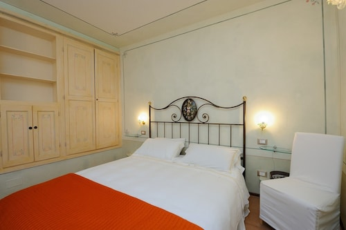Casa de Girolamo, Intimate and Cozy Apartment With all Comforts