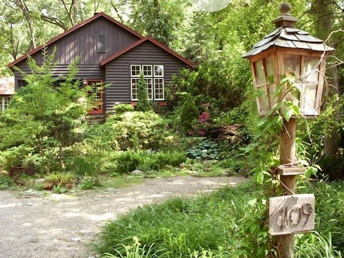 Top Michigan City Cabins Rent A Cabin From 60 Travelocity