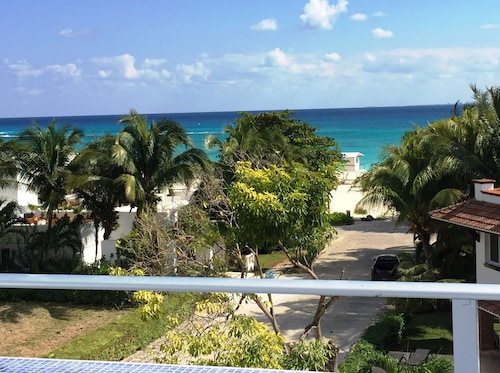 Best Caribbean Sea Views-75 Steps to Beach- Luxury Home-5 Min Walk to 5th Ave