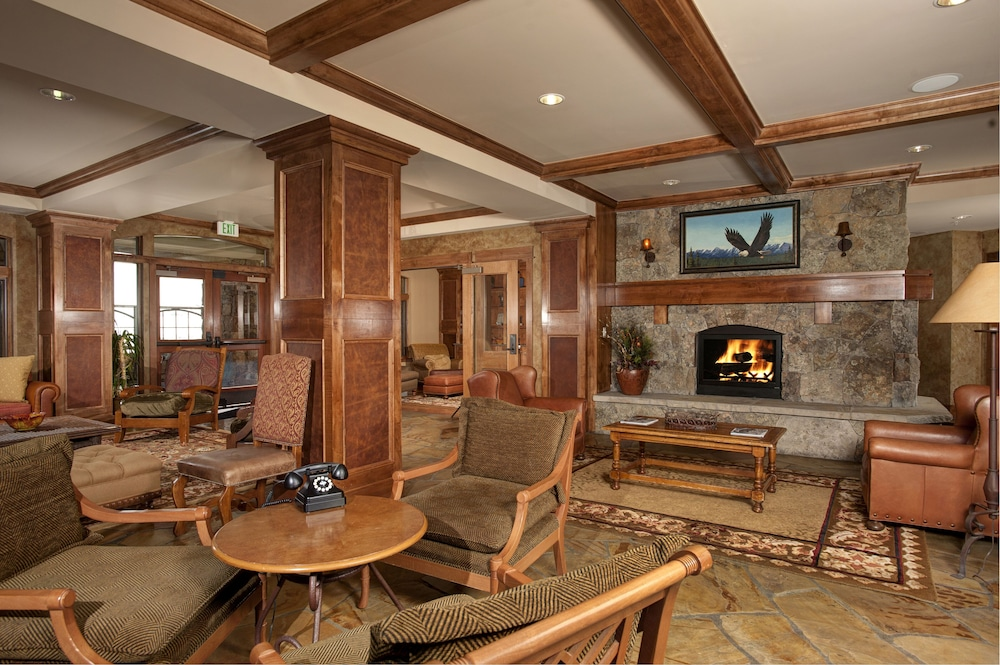 Interior, Ski-in Ski-out 2br/3ba Condo With Mountain Views!