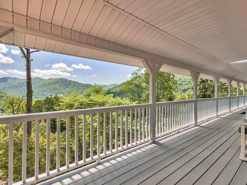 Check Expedia for Availability of Special Offer! Maggie Valley Family Home Awesome Mountain Views Only $149/night