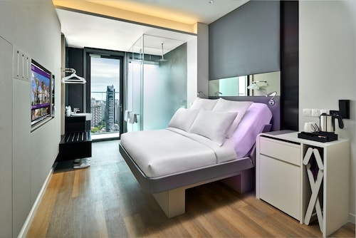 YOTEL Singapore Orchard Road