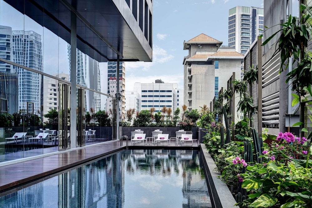 Pool, YOTEL Singapore Orchard Road