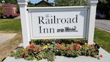 The Railroad Inn - Cooperstown Hotels