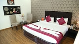 Home-Like Ganpati Infinity Resort - Vrindavan Hotels