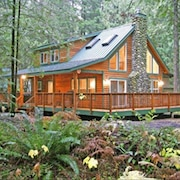 Mt Baker Retreat With Private Hot Tub & Wifi in Snowline