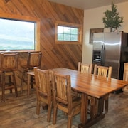 The Mountain Man - Yellowstone and Cody Cabin With Spectacular Views