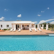 Country Villa With Pool Close to the Sandy Beach, max Comfort & Relaxing!