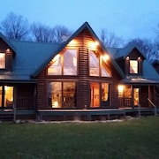 Lodge on Pine Ridge, With Private 50 Acres