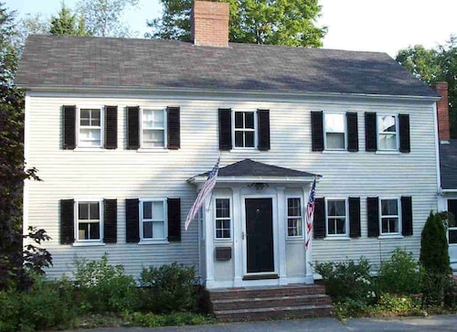 Great Place to stay Historic Capt Chadbourne House In-town, Near Beaches near Kennebunk