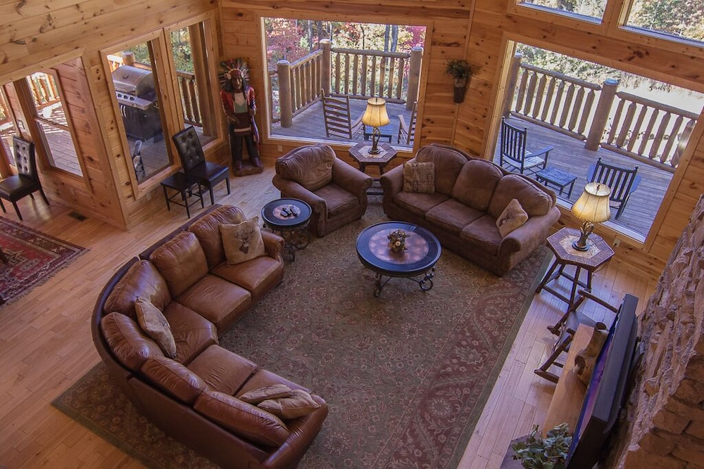 Living Room, August 15-20 Open! Spacious 5BR Cabin, Enjoy Campfire Fun, Mtn View, Game Room