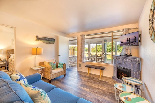Check Expedia for Availability of Pacific Surf Condos
